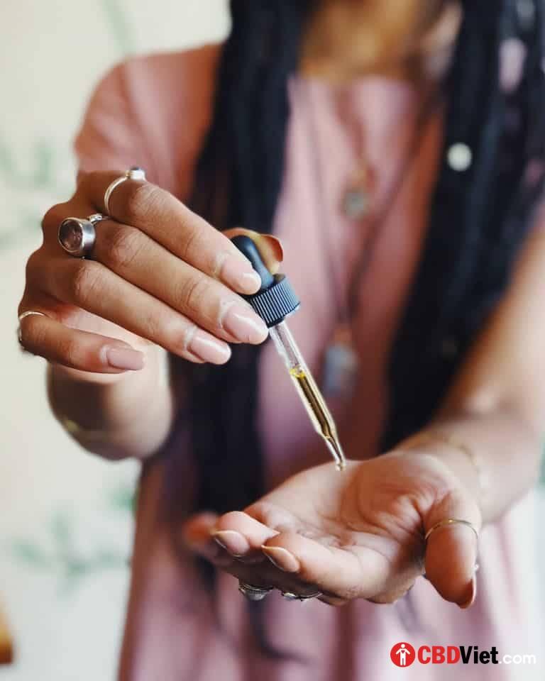 CBD para las migrañas: 1 de cada 7 razones para usar CBD en mujeres menores de 30 años - CBD vietnamita - cbdviet.com